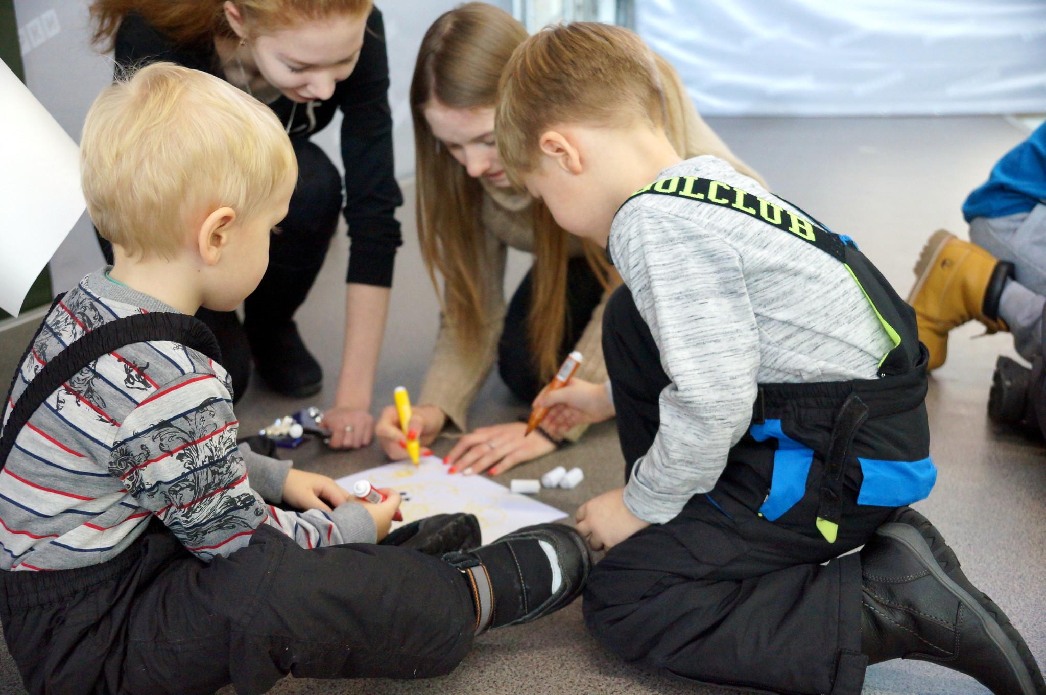 Благотворительная акция «ШАГ навстречу детям»