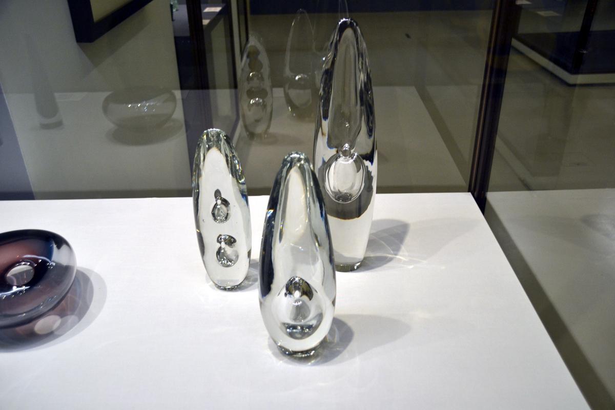 10. Слева направо: Ветры, Голова птицы, Орхидея (Тимо Сарпанева).